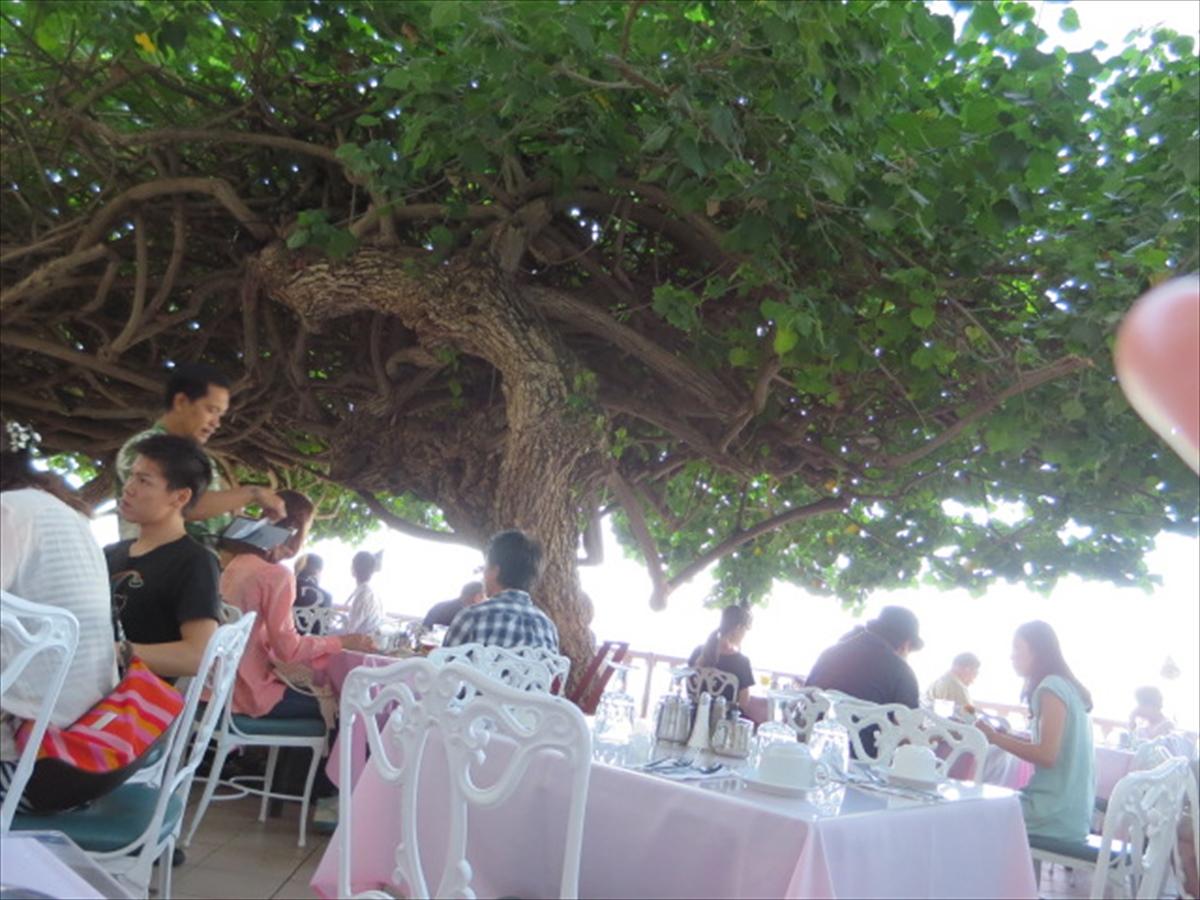 ホテルニューオータニ カイマナビーチでのお楽しみ